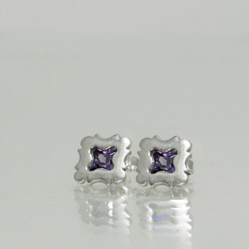 Autorské puzetové stříbrné naušnice s kubickou zirkonií dle výběru inspirované pohledy vzhůru v atriích a meziblocích